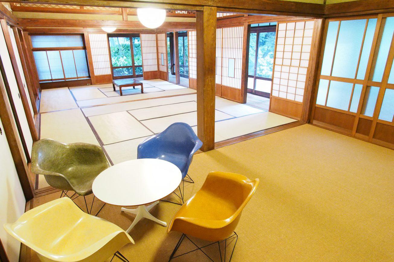 写真に写っている椅子やテーブルも使用可能です。